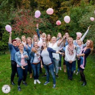 Babyshower | Roeli en haar vriendinnen | bij haar zus thuis